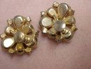 Gorgeous Vintage Milk Glass Earrings Screw Back Style Style