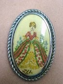 EMBROIDERY BROOCH - VICTORIAN LADY