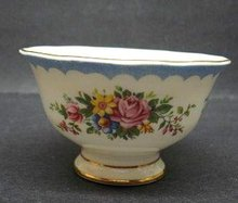 ROYAL ALBERT SUGAR BOWL PRUDENCE
