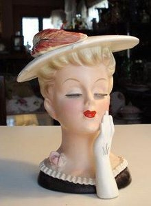 GRACE & ELEGANCE - LADY HEAD VASE