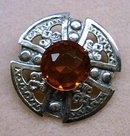 SILVER SCOTTISH STYLE BROOCH / PENDANT