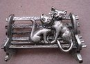 FOR CAT LOVERS - DARLING BROOCH
