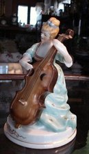 OCCUPIED JAPAN FIGURINE*LADY MUSICIAN*