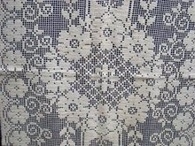 Lovely filet LACE TABLE/BUFFET RUNNER