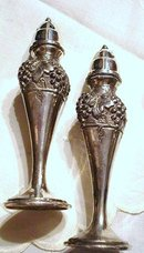 LOVELY SILVER SALT&PEPPER SHAKERS