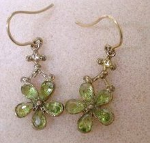 GORGEOUS 9k GOLD&PERIDOT EARRINGS