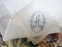 EMBROIDERY - HANKY MONOGRAM
