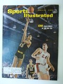 1966 SPORTS ILLUSTRATED MAG*BASKETBALL*
