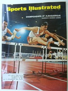 1966 SPORTS ILLUSTRATED MAGAZINE *SPRINTERS*