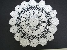 LOVELY ROUND IRISH LACE DOILY