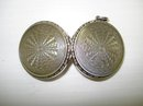 LOVELY STERLING - PATCH / SNUFF BOX