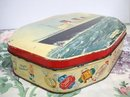 OLD TIN BOX-OCEAN LINER R.M.S.QUEEN MARY