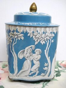 LOVELY ROUND TIN BOX-JUDGMENT of HERCULES