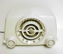 White Bakelite Crosley Radio