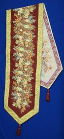 BEAUTIFUL TAPESTRY TABLE/BUFFET RUNNER/SCARF