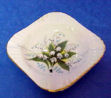 Pretty Royal Windsor Tiny Ashtray Lily of the Valley