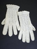 ANTIQUE CROCHETLACE LADIES GLOVES