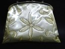 UNCOMMON VINTAGE LUCITE  BEADED LADIES PURSE