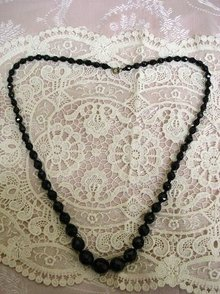 CLASSY VICTORIAN *FRENCH JET* GLASS BEADS