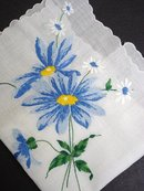 BEAUTIFUL VINTAGE HANKY-FLORAL EMBROIDERY
