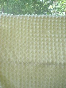 CREAM COLOR CHENILLE BEDSPREAD-POPCORN