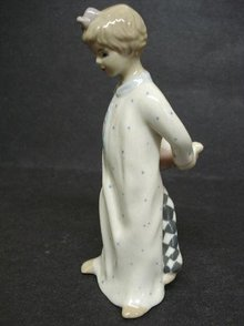 Royal Dux FIGURINE GIRL IN NIGHTDRESS /CLOWN