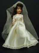 PRETTY VINTAGE HARD PLASTIC - BRIDE DOLL