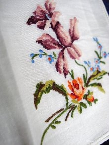 PETIT POINT FLORAL EMBROIDERY HANKIE