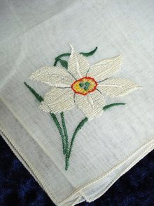 VINTAGE PETIT POINT HANKIE - WHITE BUTTERCUP
