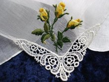 HANKIE - YELLOW ROSEBUDS EMBROIDERY