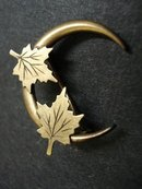 VICTORIAN HALF MOON BROOCH-BROACH-PIN