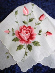 BEAUTIFUL HANKIE EMBROIDERY - PINK ROSE
