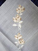 HANKIE  - FINE  EMBROIDERY - ROSES
