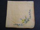 CHARMING VINTAGE HANKIE-FLORAL EMBROIDERY