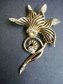 EARLY BOUCHER BROOCH - BROACH - ORCHID