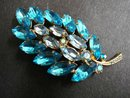 BEAUTIFUL 1940's RHINESTONE BROOCH