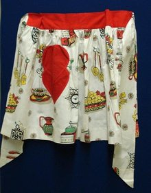 LOVELY VINTAGE LADIES APRON - KITCHEN-Y THEME