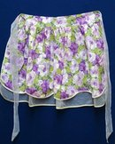 PRETTY VINTAGE LADIES APRON - FLORAL PURPLE
