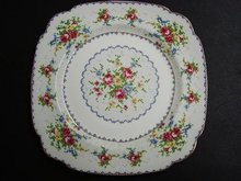 ROYAL ALBERT PETIT POINT CHINA - DINNER PLATE