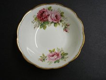 ROYAL ALBERT AMERICAN BEAUTY-SOUP BOWL #5