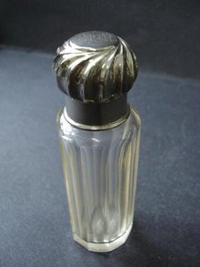 ART DECO SCENT BOTTLE - MONOGRAM MM