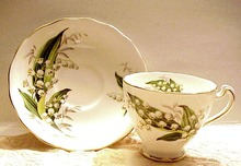 Gorgeous Colclough Tea Cup & saucer - Lily of the Valley