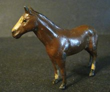 HORNBY SERIES TOY BROWN FARM HORSE