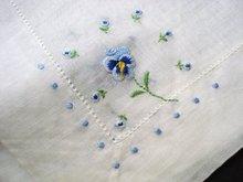 PRETTY VINTAGE HANKIE - BLUE PANSY
