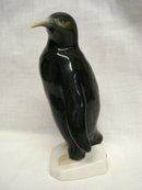 LOVELY ROYAL DUX FIGURINE - PENGUIN