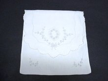 MADEIRA HAND MADE ANTIQUE HANKY HOLDER