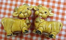 Figural Salt  & Pepper Shakers COWS