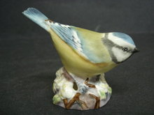 Royal Worcester Bird Figurine Tiny Bird