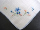HANKIE FLORAL EMBROIDERY