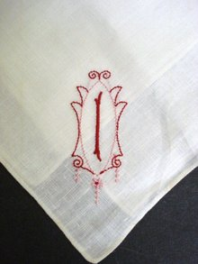 HANKIE EMBROIDERY MONOGRAM
